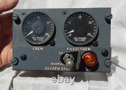 American Boeing 727 Pilot's Oxygen Crew & Passenger Control Console Box Assembly