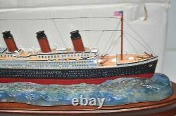Danbury Mint The Titanic 14 Ship Replica In Original Box