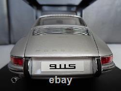 PORSCHE 911 S (1967) AUTOart 118 Period Correct Authentic SilverOriginal Box