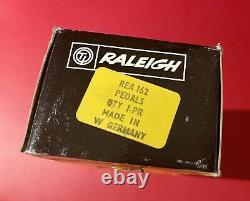Show Bike Original NOS Raleigh Chopper Mk2 Pedals Boxed In Original Packaging