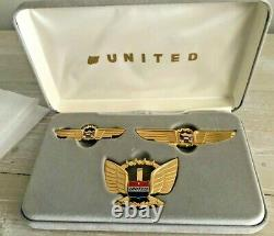 United Airlines Hat Badge With Medium And Large Pilot's Wings In Original Box