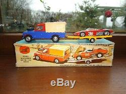 Vintage Corgi Toys Gift set no 17 Ferrari Racing set in original box