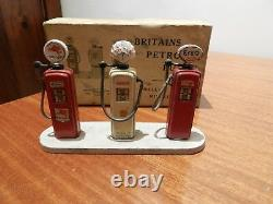 Vintage Diecast Britains Petrol Pumps 103v Models In Original Box