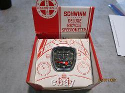 Vintage SCHWINN 26 inch DELUXE SPEEDOMETER IN ORIGINAL BOX #08 451 NOS