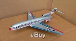 1960 American Airlines 727 Jet Toy Friction Airliner Original Box Japon
