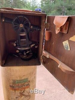 Antique Keuffel & Esser Co. Arpentage Transit Avec Boîte D'origine Et Un Trépied