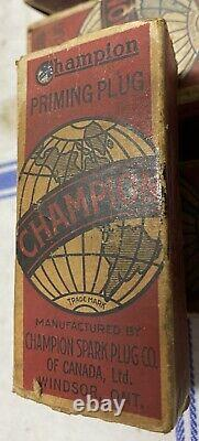 Champion Antique Nos Never Used Priming Spark Plugs With Original Boxes 1/2 Tnp
