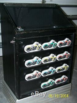 Harley-davidson Montre Vitrine Avec Des Boîtes / Récipients D'origine Montres Métal