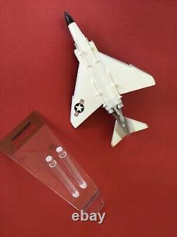 Mintprecise / Mcdonnell F-4 Phantom II Dans Original Box