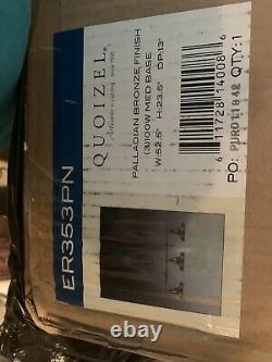 Nouveau Dans La Boîte Originale D'homme. Quoizel 3 Lustre Léger, Ailleurs- $849.99