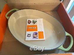 Palm Le Creuset En Fonte Signature Oval Baker 2 1/4 Quart Newithoriginal Box