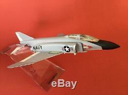 Précise / Mcdonnell F-4 Phantom II Avion Affichage Modèle Mint Dans Boîte D'origine