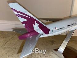 Qatar Airways Pacmin Boeing 1/100 777-200lr Worldliner Modèle W Boîte Originale