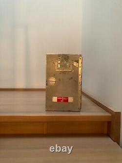 Swiss Air Original Galley Box. Unité De Stockage Des Avions. Boîte En Aluminium