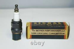 Vintage 1940s Signal Go Produits Spark Plug Type B-23 & Original Box