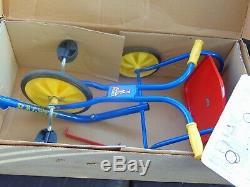 Vintage Raleigh Petit Trike Totalement Original Et Mis En Boîte Dans La Boîte Originale